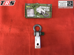 Aksesoris Offroad RECOVERY HITCH WITH BOW SHACKLE IRONMAN